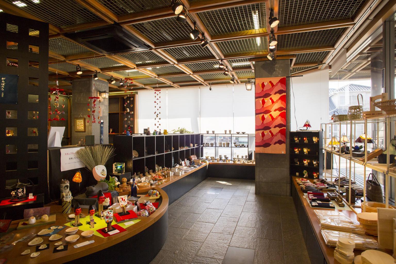 Kumamoto City Handicrafts Promotion Center Sightseeing Kumamoto